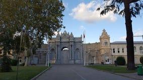 Bello palazzo di Dolmabahce a Costantinopoli Turchia immagini stock libere da diritti