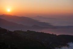 Bello panorama delle montagne himalayane Fotografia Stock