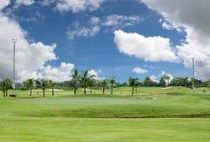 Bello parco di golf Immagini Stock Libere da Diritti