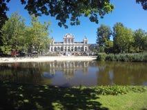 Bello parco nella città di Amsterdam immagine stock