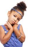 Bello piccolo modello in vestiti alla moda Fotografie Stock