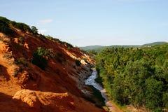 Bello punto di riferimento del canyon leggiadramente nel pomeriggio, Vietnam della corrente Immagine Stock