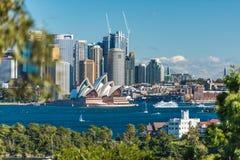 Bello punto di vista di Sydney CBD e di Sydney Opera House Immagine Stock Libera da Diritti