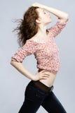 Bello ritratto di modello red-haired dello studio Immagini Stock