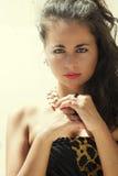Bello ritratto teenager, femmina italiana sunlit immagini stock