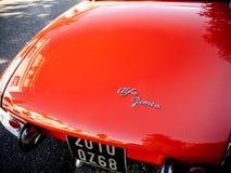 Bello rosso d'annata di Romeo Spider dell'alfa immagini stock