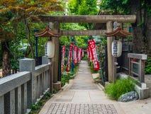 Bello santuario al parco di Ueno a Tokyo - TOKYO, GIAPPONE - 12 giugno 2018 fotografie stock libere da diritti