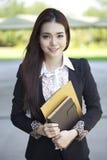 Bello studente di college asiatico fotografia stock