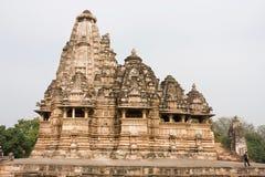 Bello tempio del gruppo di Khajuraho di monumenti Fotografia Stock
