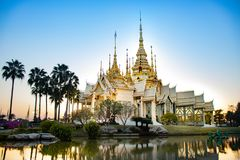 Bello tempio di Watnonkum in Tailandia fotografia stock libera da diritti