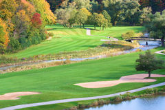 Bello terreno da golf nella caduta Fotografia Stock Libera da Diritti