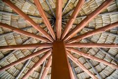 Bello tetto di legno Fotografie Stock