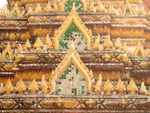 Bello timpano del tempio famoso Fotografie Stock