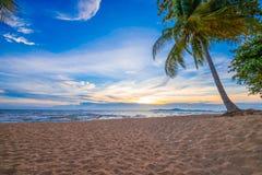Bello tramonto d'oltremare alla Tailandia Immagine Stock