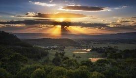 Bello tramonto dal parco nazionale blu delle montagne Fotografie Stock