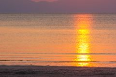 Bello tramonto di Pak Meng Beach Trang Thailand immagine stock libera da diritti