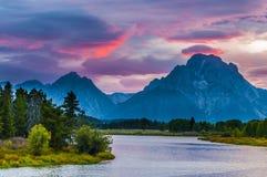 Bello tramonto a Grant Tetons Immagine Stock
