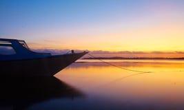 Bello tramonto indonesiano Immagine Stock