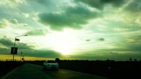 Bello tramonto nel cielo fotografia stock