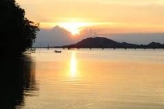 Bello tramonto nel lago di songkhla Fotografia Stock Libera da Diritti