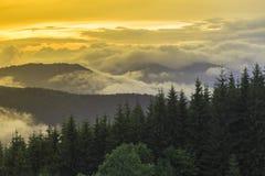 Bello tramonto nella valle Fotografia Stock Libera da Diritti