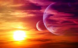 Bello tramonto, nuvola e pianeti fotografie stock libere da diritti