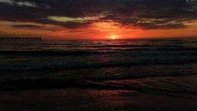 Bello tramonto sopra il Mar Baltico in Palanga fotografie stock libere da diritti
