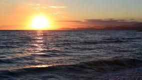 Bello tramonto sopra il Mar Egeo stock footage