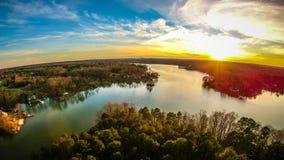 Bello tramonto sopra il wylie Carolina del Sud del lago Immagini Stock Libere da Diritti
