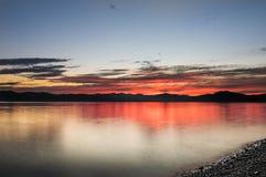 Bello tramonto sull'oceano Pacifico - HDR Fotografie Stock