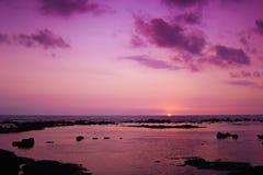 Bello tramonto tropicale Immagine Stock