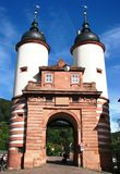 Bello vecchio cancello del ponticello a Heidelberg, Germania Fotografia Stock