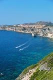 Bello villaggio di Bonifacio (Corsica, Francia) fotografie stock libere da diritti