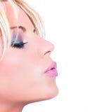Bello womanl che salta un bacio Immagine Stock Libera da Diritti