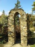 Belltower ao lado da capela do St Patrick's na vila de Hogsback, África do Sul Imagem de Stock Royalty Free