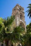 Belltower av den kyrkliga laen Martorana royaltyfri fotografi