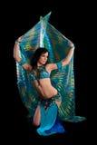 Bellydancer in Blauw Kostuum met Vleugels Royalty-vrije Stock Foto