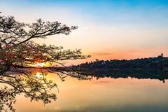Belo Horizonte Minas Gerais, Brasilien Sikt av Pampulha sjön i s arkivbild