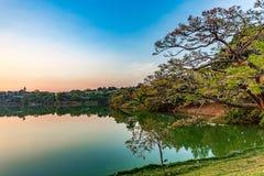 Belo Horizonte Minas Gerais, Brasilien Sikt av Pampulha sjön i s arkivbilder