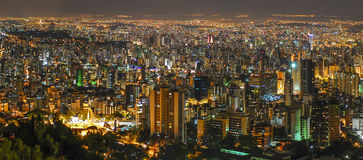 Belo Horizonte par nuit Photos stock