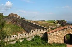 Belogradchik oscila la pared de la fortaleza Fotos de archivo libres de regalías
