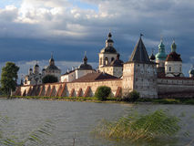 belozersky μοναστήρι kirilo Στοκ φωτογραφία με δικαίωμα ελεύθερης χρήσης