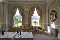 The Belsfield Hotel in Bowness Bay overlooking Lake Windermere Stock Images
