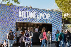 Beltane & λαϊκό μουλιασμένο κατάστημα πάγου στο Λονδίνο Στοκ Φωτογραφία