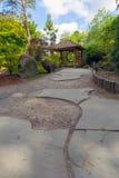 Belvédère au jardin de Japonais d'île de Tsuru Photo stock