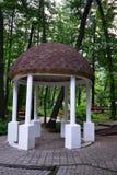 Belvédère en parc Image stock