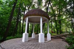 Belvédère en parc Images libres de droits