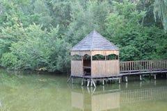 Belvédère par le lac Image stock