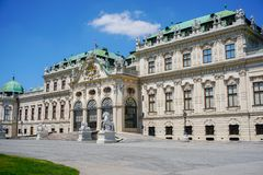 Belvedere como complexo de construção histórica surpreendente em Viena, Áustria imagens de stock