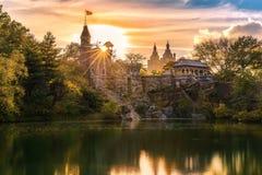 Belvedere-Schloss bei Sonnenuntergang Lizenzfreies Stockfoto